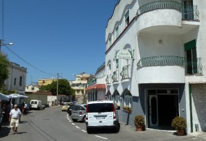 Road - Hotel_Termini Massa